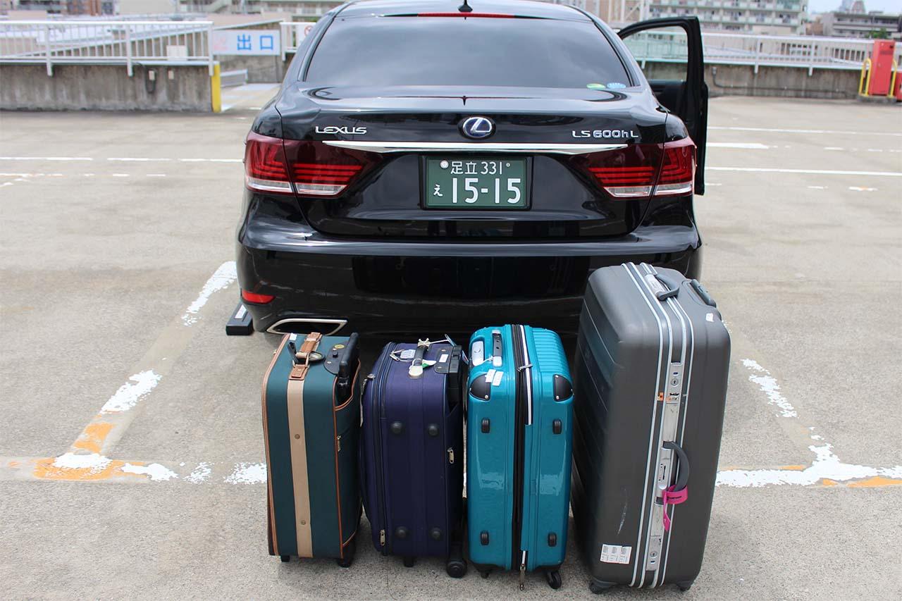 Lサイズ×1個 Sサイズ×3個のキャリーケースを載せる前の状態
